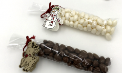 Seasonal Chums Snowman and Reindeer candy bag tags by Stampin' Up! Candy Ford of #StampCandy