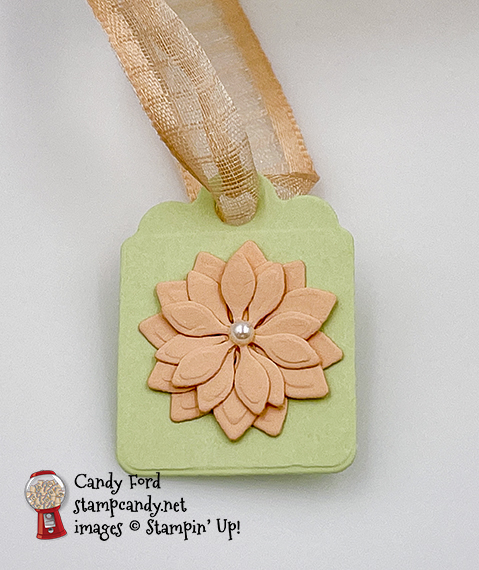Pretty Pillowbox Dies, Tidings & Trimmings stamp set, Painted Christmas Designer Series Paper, treat box, #stampcandy